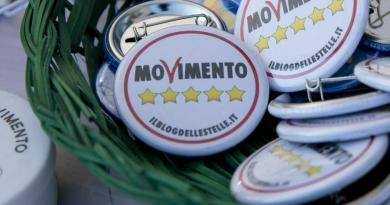 Dpcm, in chat i dubbi del M5S