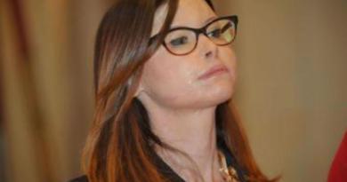 Insulti choc a Lucia Annibali, denunciato l'autore