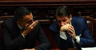 Referendum, Conte chiama Di Maio: bene vittoria del sì