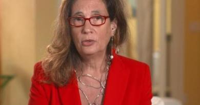 """Covid, Ilaria Capua: """"Vaccino a insegnanti ora non prioritario"""""""