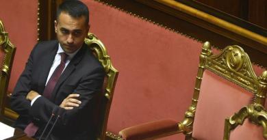 """M5S, grana Renzi: lite su dialogo con Italia Viva, """"meglio Forza Italia"""""""