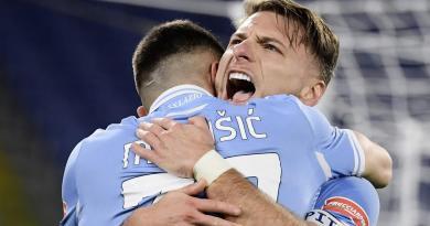 Lazio-Sassuolo 2-1, biancocelesti agganciano il Napoli