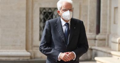 Governo, Mattarella attende valutazioni Conte