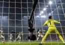 Inter show, 2-0 alla Juventus e aggancio al Milan