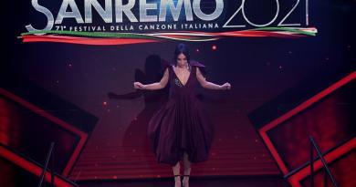 Sanremo 2021, Matilda De Angelis e l'abito che sfida la scaramanzia