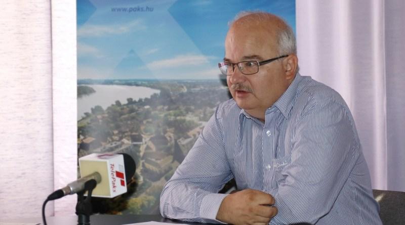 Barnabás István alpolgármester. Fotó: Molnár Gyula/Paksi Hírnök