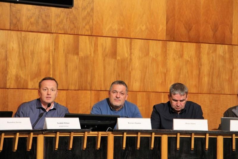 Rendkívüli ülést tartott a képviselő-testület. Fotó: Vida Tünde