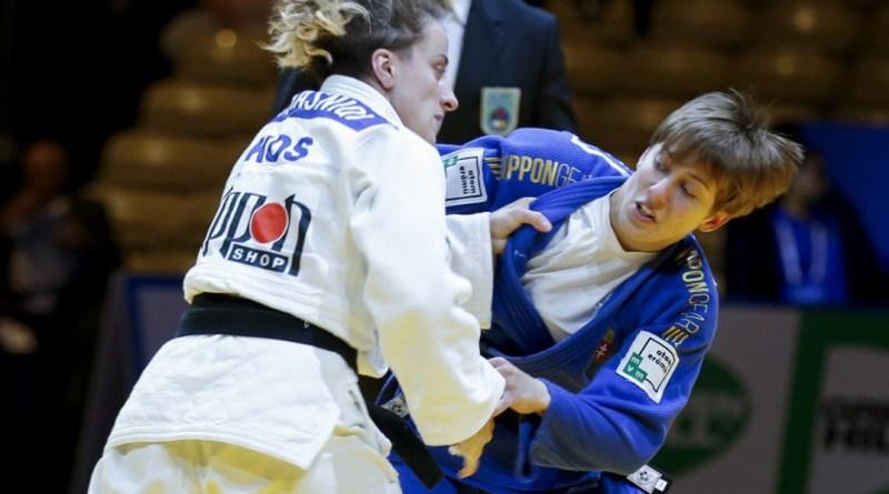 Pupp Réka (kék judogiban). Fotó: www.ase.hu