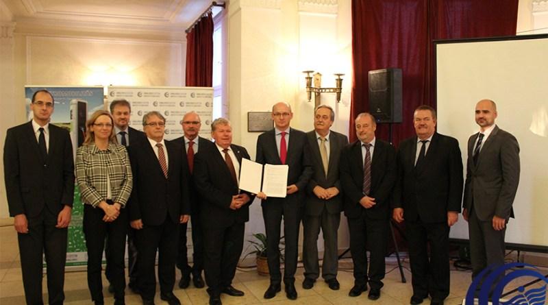 Kompetencia- és kutatóközpontot hoz létre a Dunaújvárosi Egyetem. Fotó: uniduna.hu