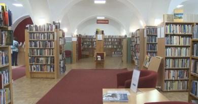Újra nyitva tart a Paksi Pákolitz István Városi Könyvtár