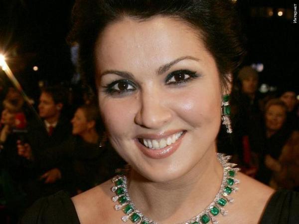 Оперная певица Анна Нетребко отмечает 43й день рождения