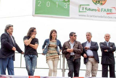 prrogetto-caiazzo-candidati-palco-1-466x315