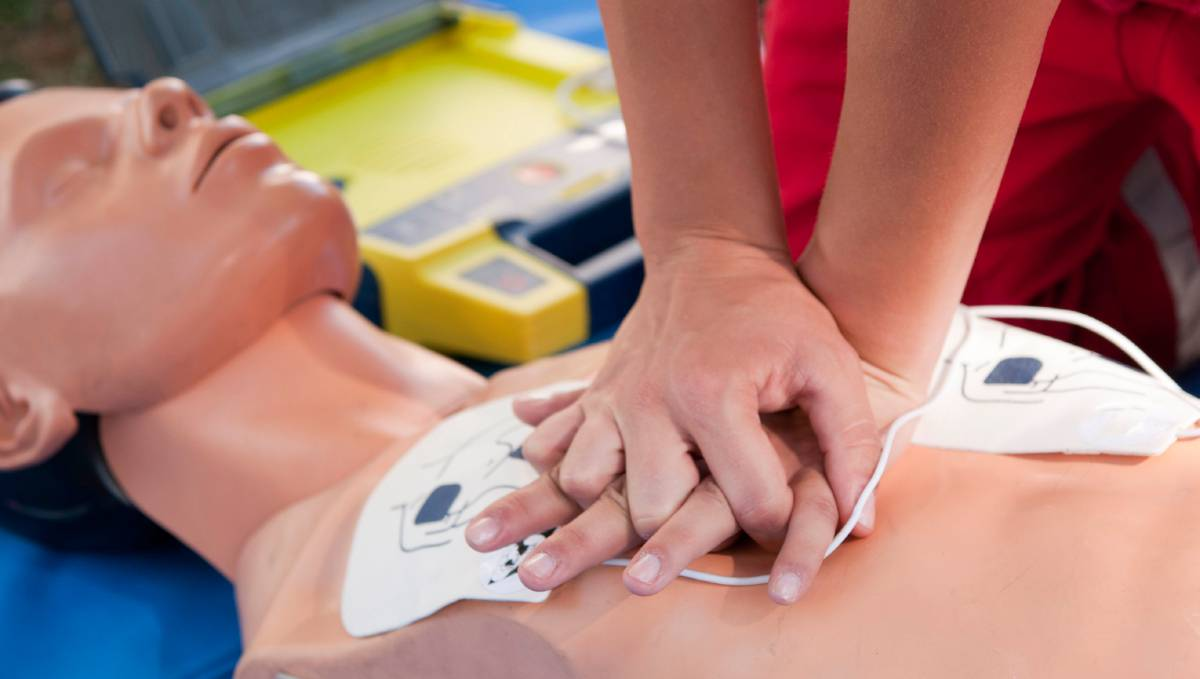 Pubbliservizi dona defibrillatori alla Città di Caserta