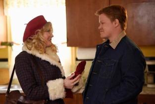 Kirsten Dunst (Peggy Blomquist) and Jesse Plemons (Ed Blomquist) in Season 2 of Fargo.