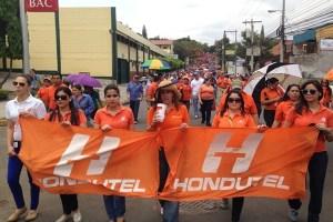 En mayo pasado, los trabajadores de Hondutel marcharon para exigir la aprobación del Presupuesto 2013 al Congreso. Imagen: Hondutel.