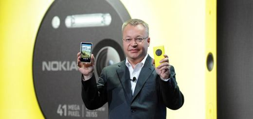 Stephen Elop, CEO de Nokia durante la presentación del Nokia 1020. Imagen: Nokia
