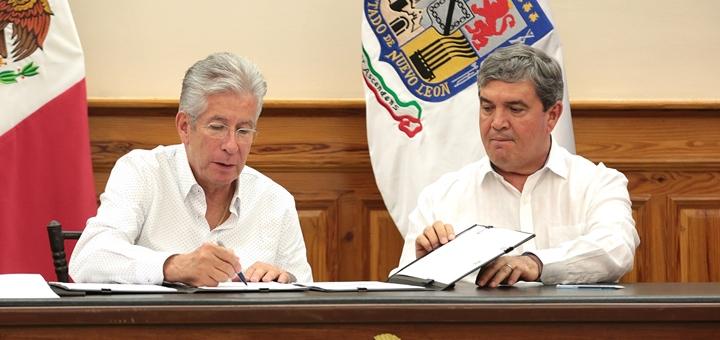 Nuevo León firma acuerdo de adhesión con la SCT. Imagen: SCT.