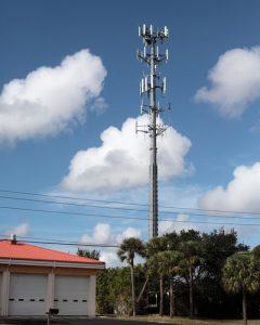 shutterstock_George Dukinas_infraestrutura_telefonia_celular_antena