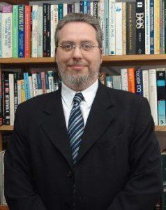 Roberto Mayer é diretor da MBI, Diretor de Comunicação da Assespro Nacional e presidente da ALETI