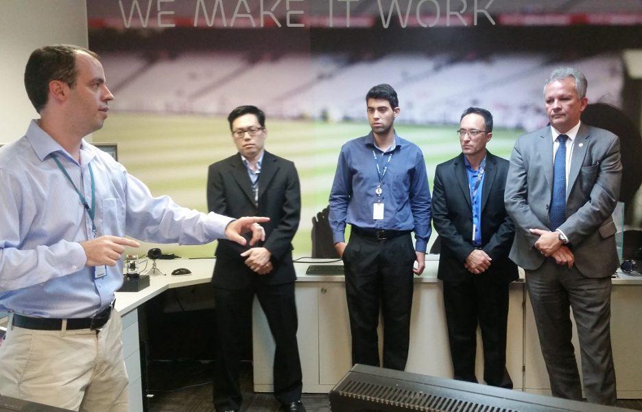 O Ministro das Comunicações, André Figueiredo, visita o Laboratório da Sociedade Conectada, da Ericsson