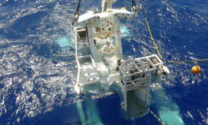 Instalação do cabo submarino Monet