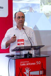 Ricardo-Santoro-110-encontro-telesintese-50-momento-editorial-photo-robson-regato-17-10-17
