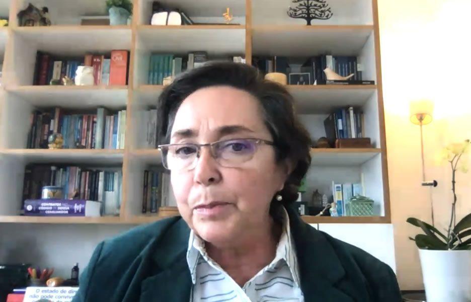 Flávia Lefèvre Guimarães, integrante da Coalizão Direitos na Rede do Intervozes - Foto: Divulgação