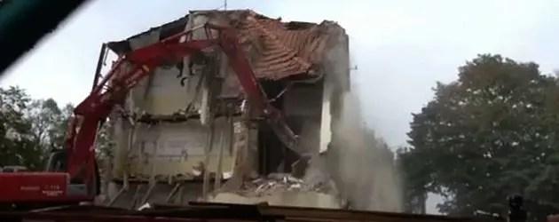 Pilastri: demolita la scuola elementare