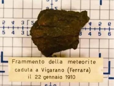 Il frammento del meteorite caduto a Vigarano