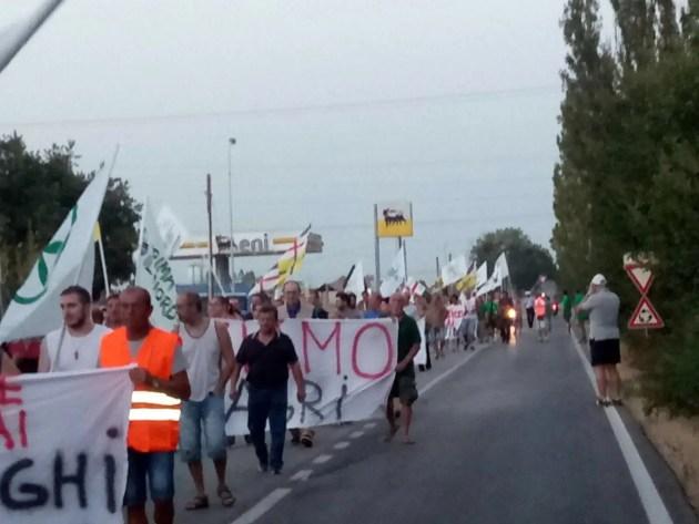 """Manifestazione della Lega a Poggio Renatico: """"Difendiamo il territorio dai clandestini"""" – VIDEO"""