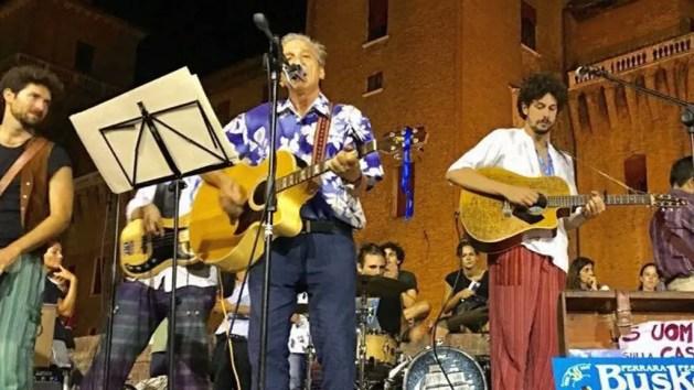 Ferrara Buskers festival: anticipata chiusura strade. Martedì torna lo spettacolo – VIDEO