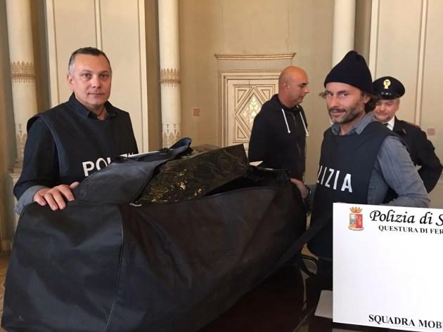 Gad, 120 kg di 'maria' e 8 etti di coca purissima sequestrati della Polizia di Stato
