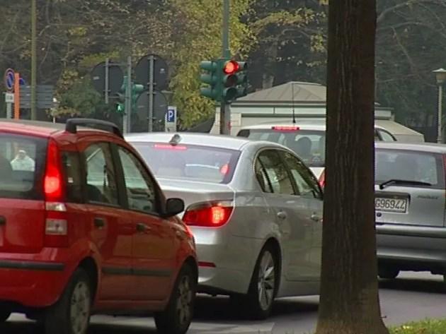 Stop diesel euro 4: scontro Comune e associazioni commercianti