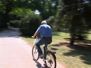 alzheimer anziani anziano bici