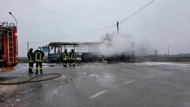 Autobus a fuoco: paura nell'alto ferrarese