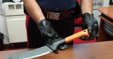 machete carabinieri gad