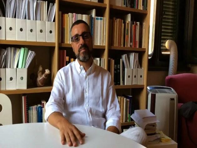 Genova, città divisa in due. Responsabilità della politica e la necessità, per il futuro,  di ascoltare i cittadini – INT. prof. Somma
