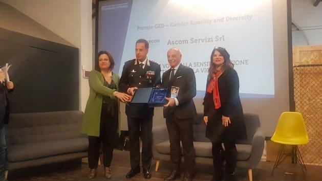 Violenza sulle donne, regione E.-R premia progetto di Carabinieri e Ascom
