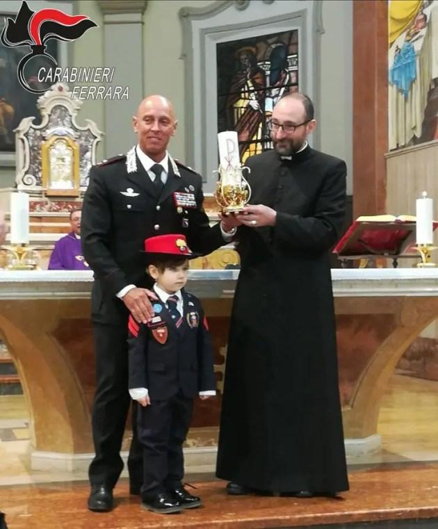 Ruba in chiesa: candelabro restituito a parroco