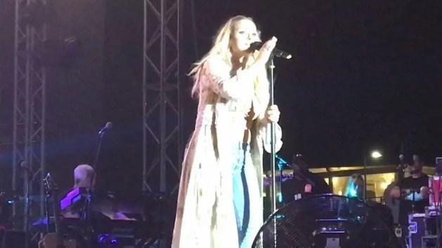 Anastacia incanta il pubblico del Comacchio Beach Festival – VIDEO