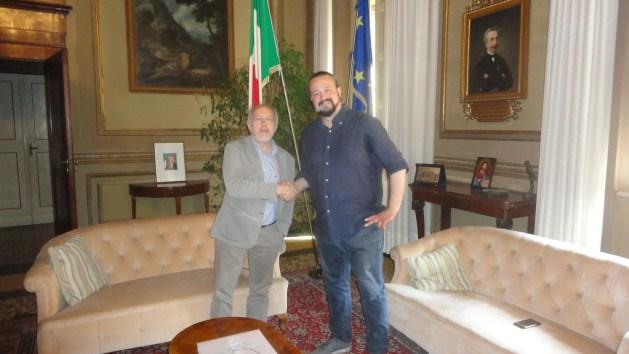 Sindaco Fabbri si insedia in Comune e si dimette dall'Assemblea regionale – VIDEO