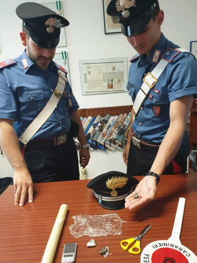 Giovani pusher arrestato a lido Estensi