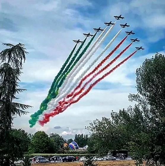 Frecce Tricolori inaugurano Ferrara Balloons Festival – VIDEO