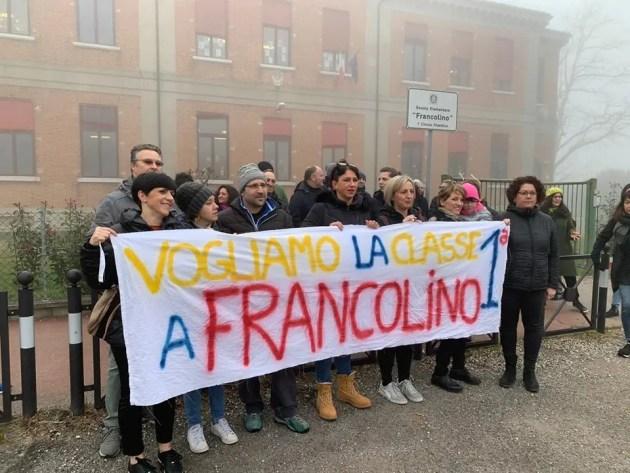 Francolino perde la prima elementare: i genitori protestano, interviene la politica