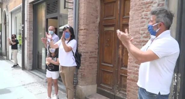 "Ferrara applaude alla riapertura con un ""flash mob"""