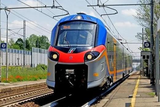 Regione, Ministero e Rfi firmano l'accordo per potenziare il trasporto ferroviario della costa adriatica