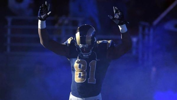 A Rams player shows solidarity with the Ferguson protest movement. (Photo: Reuters)