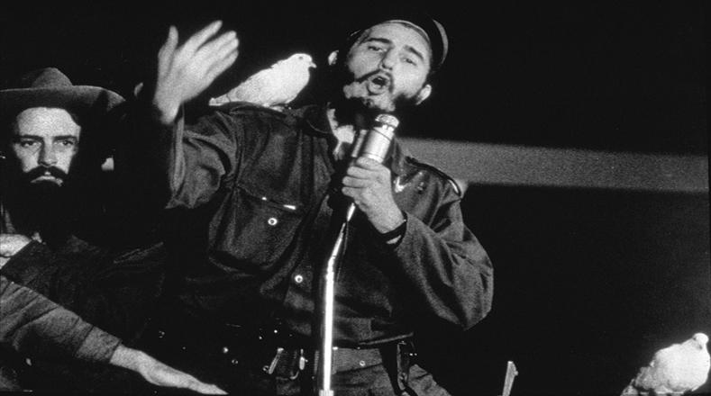 En su discurso, Fidel agradece el apoyo del pueblo cubano en la lucha por la libertad.