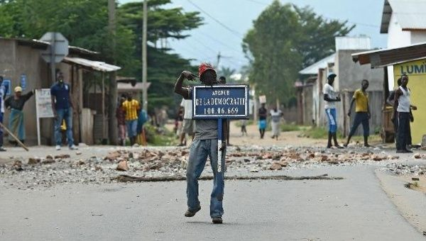 https://i1.wp.com/www.telesurtv.net/__export/1433168325776/sites/telesur/img/news/2015/06/01/afp-regional-summit-urges-burundi-election-delay-halt-to-violence_crop1433167894746.jpg_1718483346.jpg