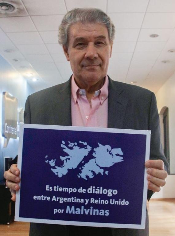 El periodista uruguayo, Víctor Hugo Morales, apoyó la iniciativa.